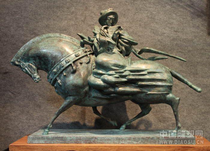 现任广州雕塑院副院长